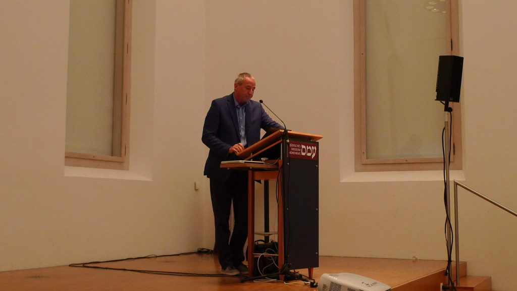 Gerhard Langer, of the University of Vienna, gives a lecture.